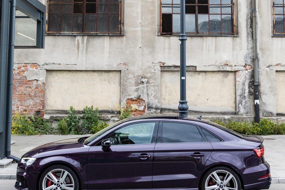 Audi RS3 Limo Merlin Purple