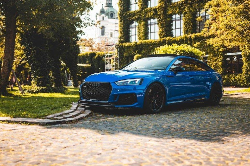 Audi RS5 Sportback Nogaro Blue